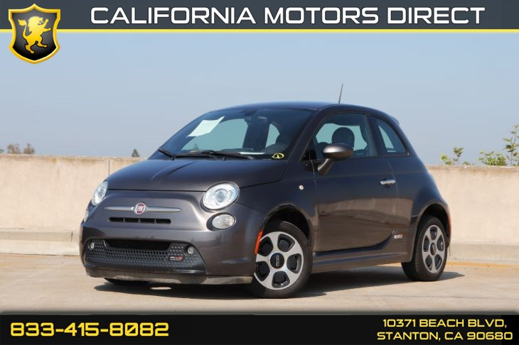 2017 FIAT 500e W/ Front Heated Seats & Navigation