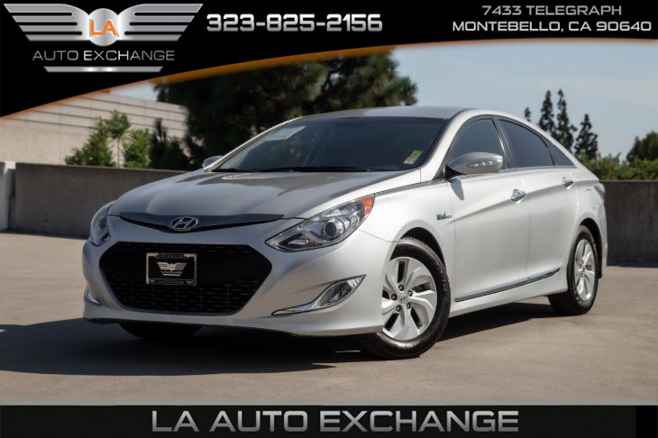 2013 Hyundai Sonata Hybrid (Standard Equipment PKG &  Satellite Radio)