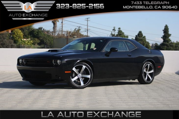 2016 Dodge Challenger R/T (Plus Shaker Package & Back-Up Camera)