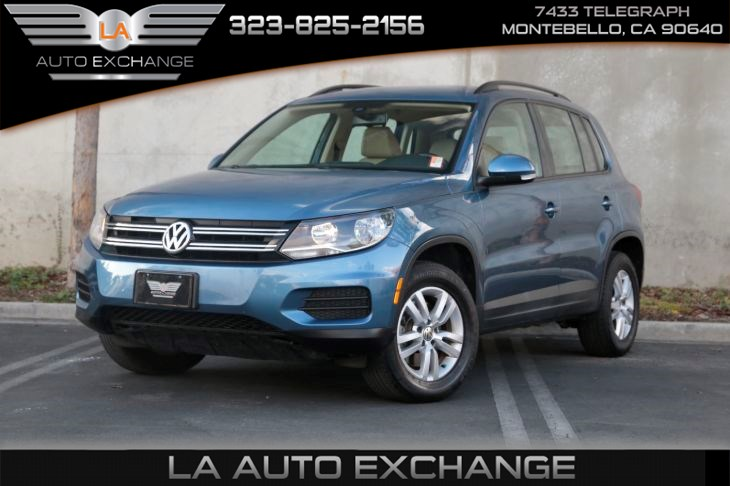 2017 Volkswagen Tiguan 2.0T S (a/c & back-up camera)
