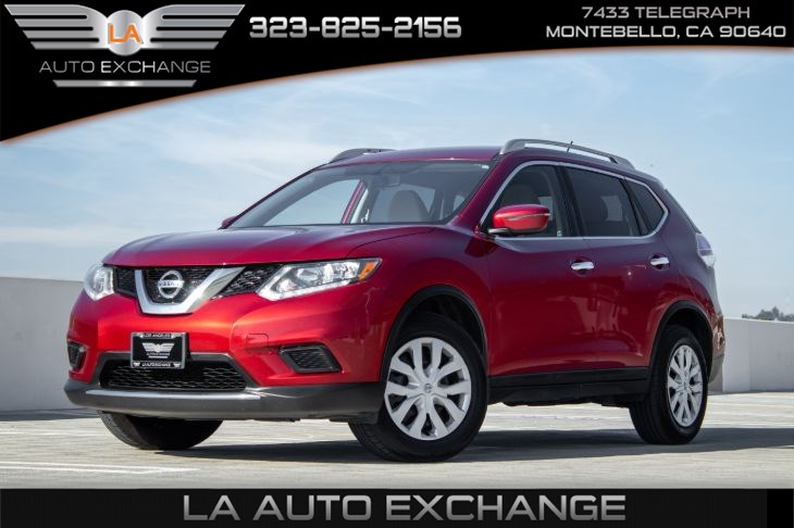 2016 Nissan Rogue S (appearance pkg & back-up camera)