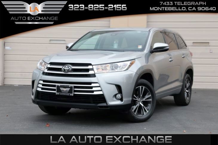 2017 Toyota Highlander LE ( Le Plus Package & Back-Up Camera)