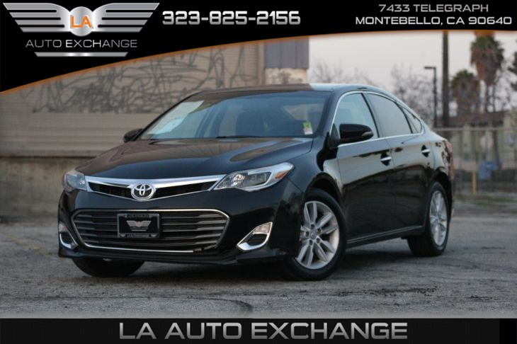 2015 Toyota Avalon Limited ( XLE PACKAGE &  Bluetooth Connection)