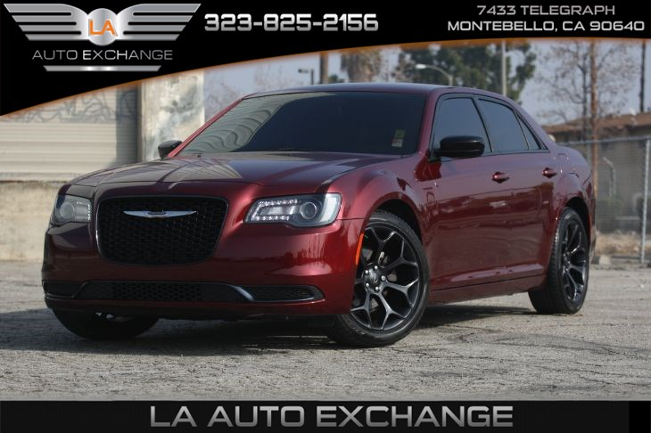 2019 Chrysler 300 Touring (SPORT APPEARANCE PACKAGE & Bluetooth)