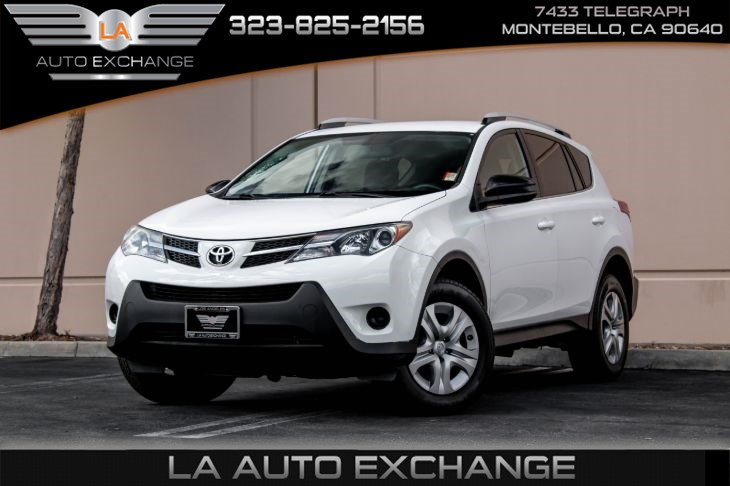 2014 Toyota RAV4 LE (Bluetooth & Back-Up Camera)