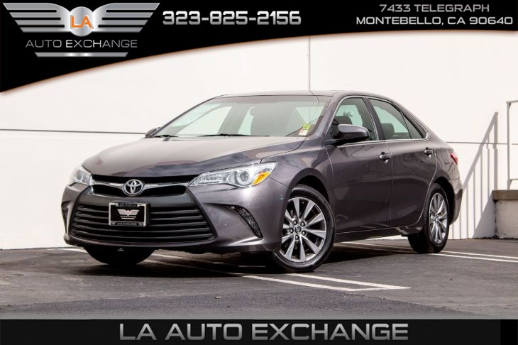 2016 Toyota Camry XLE (Navigation & Bluetooth)