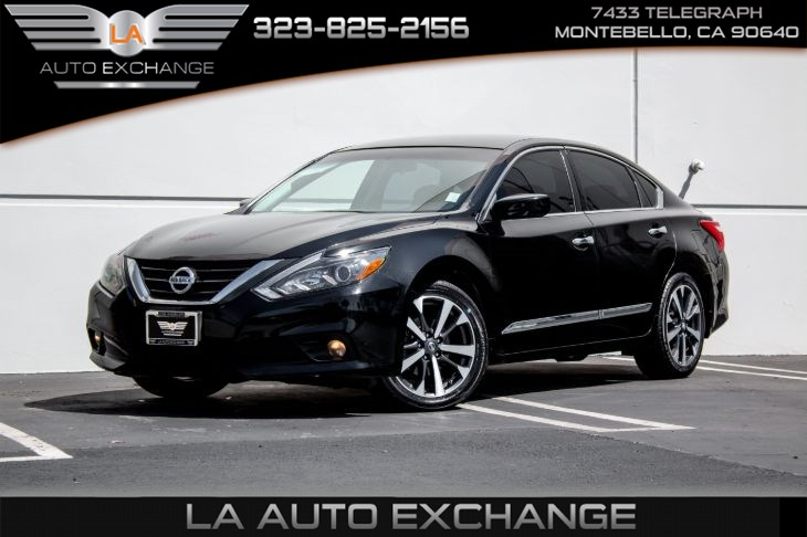 2016 Nissan Altima 2.5 SR (Back-Up Camera & Bluetooth)