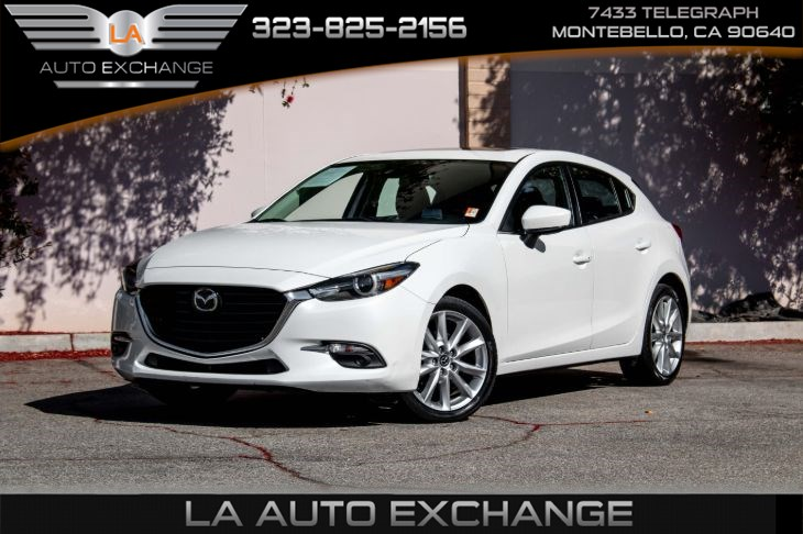 2017 Mazda Mazda3 5-Door Grand Touring (Heads-Up Display & Back-Up Camera)