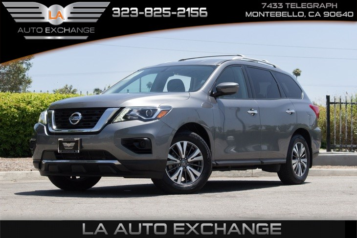 2017 Nissan Pathfinder S (Backup Camera & Bluetooth)