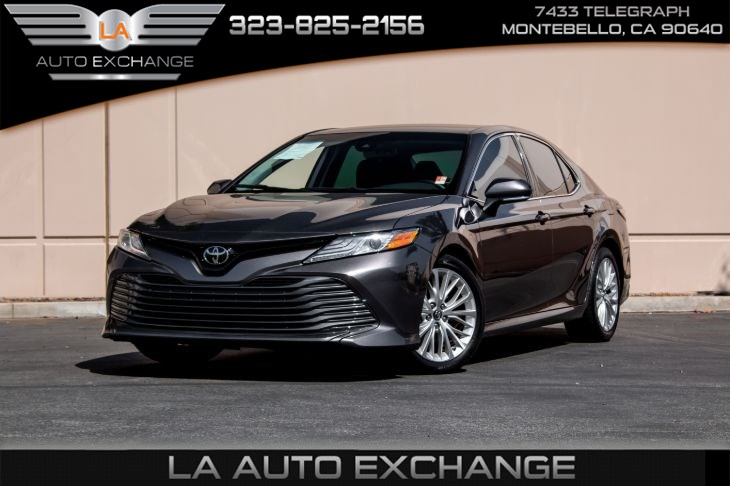 2019 Toyota Camry XLE (Bluetooth & Back-Up Camera)