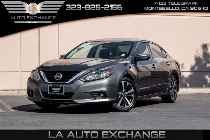 2017 Nissan Altima 2.5 SR (LED Appearance Package & Bluetooth)