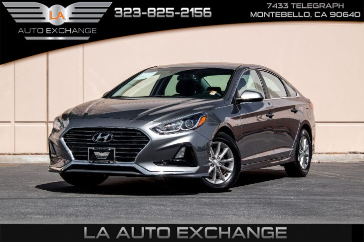 2018 Hyundai Sonata SE (Back-Up Camera & Bluetooth)