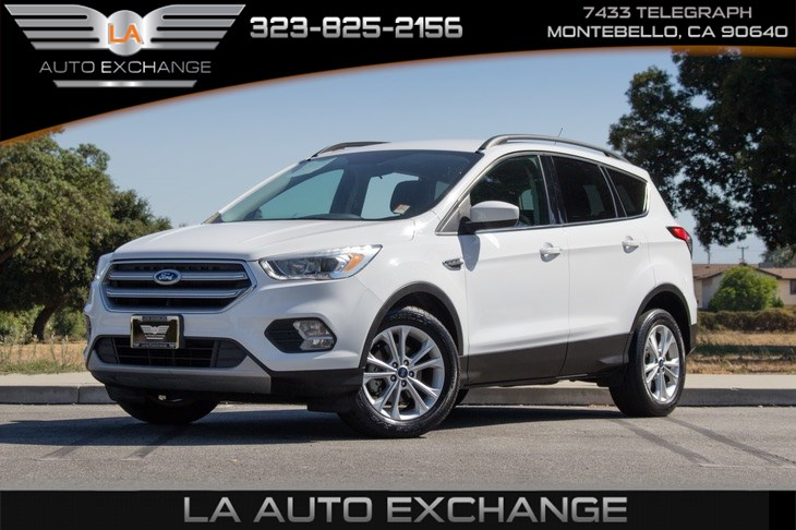 2017 Ford Escape SE (Backup Camera & Bluetooth)