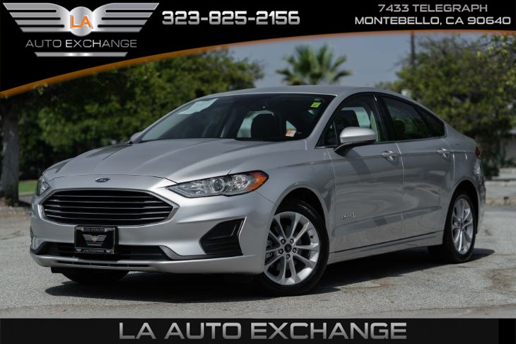 2019 Ford Fusion Hybrid SE  (Navigation & Bluetooth)