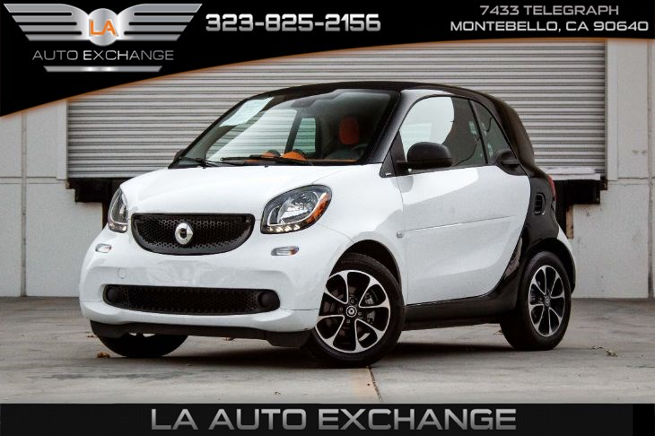 2017 smart fortwo Coupe (Passion Package & Bluetooth)