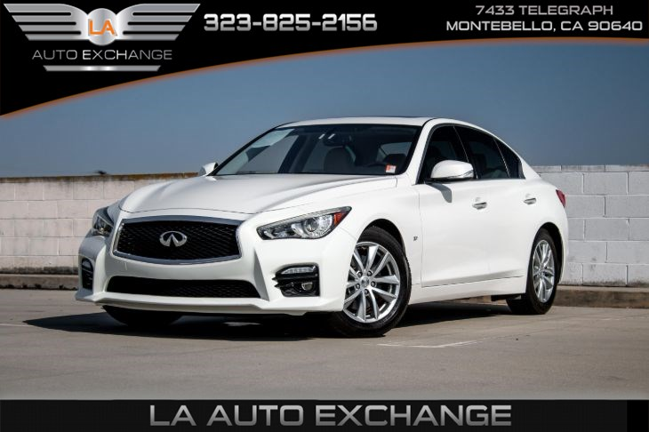 2015 INFINITI Q50 Premium (Navigation Package & Heated Front Seats)