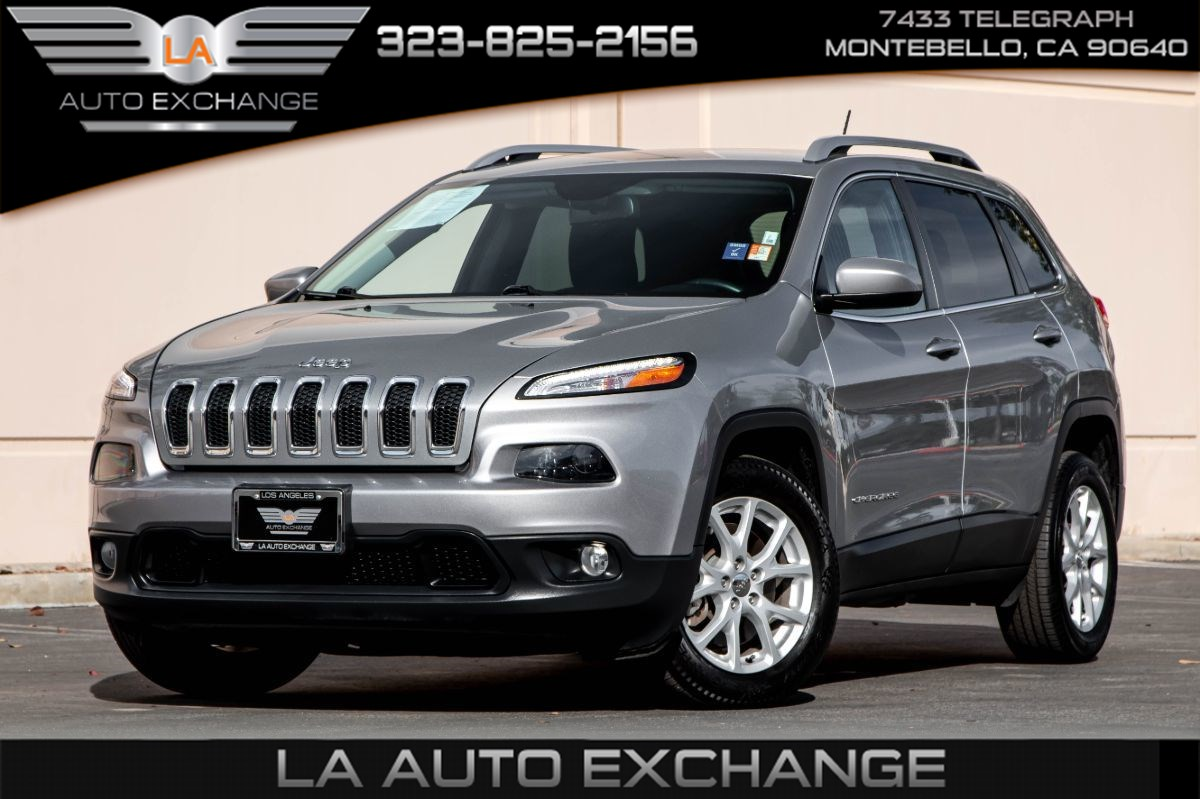 2016 Jeep Cherokee Latitude (Back-Up Camera & Bluetooth)