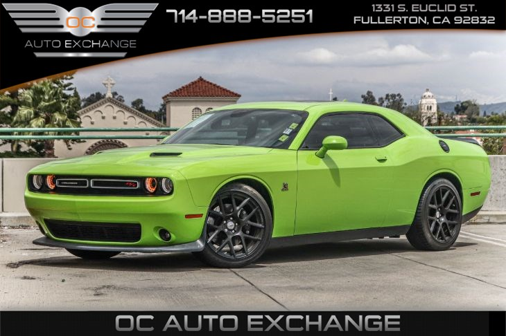 2015 Dodge Challenger R/T Scat Pack (LEATHER INTERIOR GROUP & 24 G SCAT PACK)