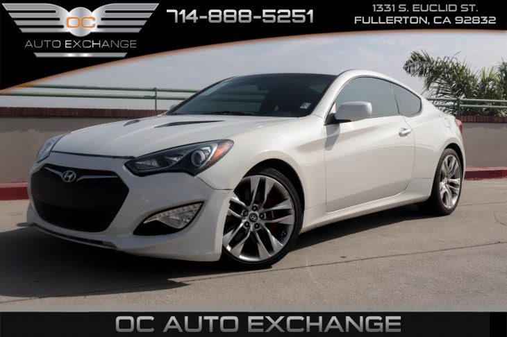 2013 Hyundai Genesis Coupe 3.8 R-Spec (STANDARD EQUIP & BREMBO BRAKING SYSTEM)