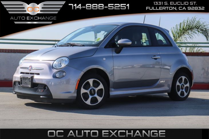 2016 FIAT 500e (HEATED FRONT SEATS & INTEGRATED VOICE COMMAND W/ BLUETOOTH)