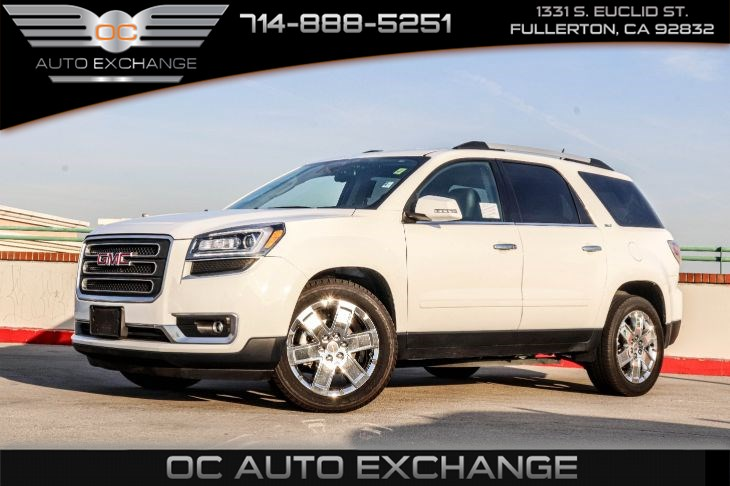2017 GMC Acadia (Limited  PREFERRED EQUIPMENT GROUP & TECHNOLOGY PKG)