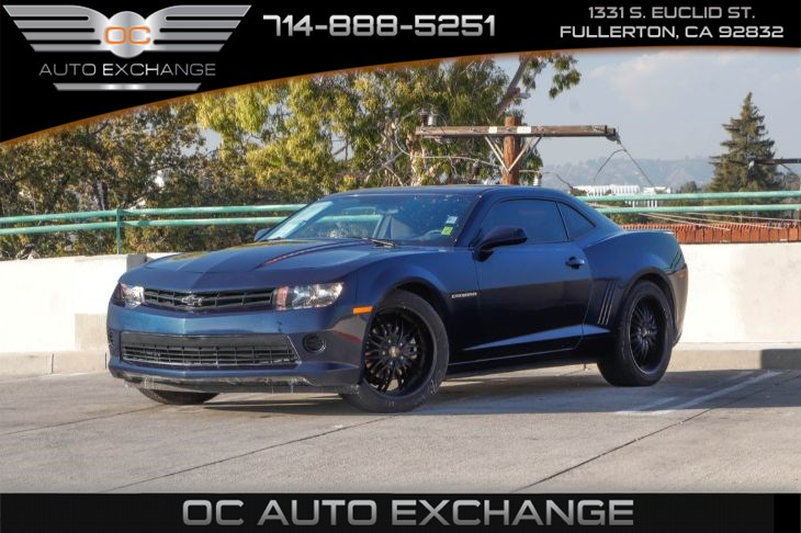 2015 Chevrolet Camaro LS 2 dr Cpe (Bluetooth & Traction Control)