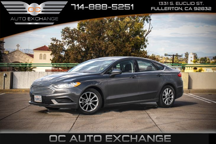 2017 Ford Fusion SE (Bluetooth & Auto Stop)