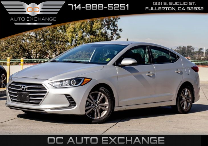 2017 Hyundai Elantra SE (Bluetooth, & Rear View Camera)