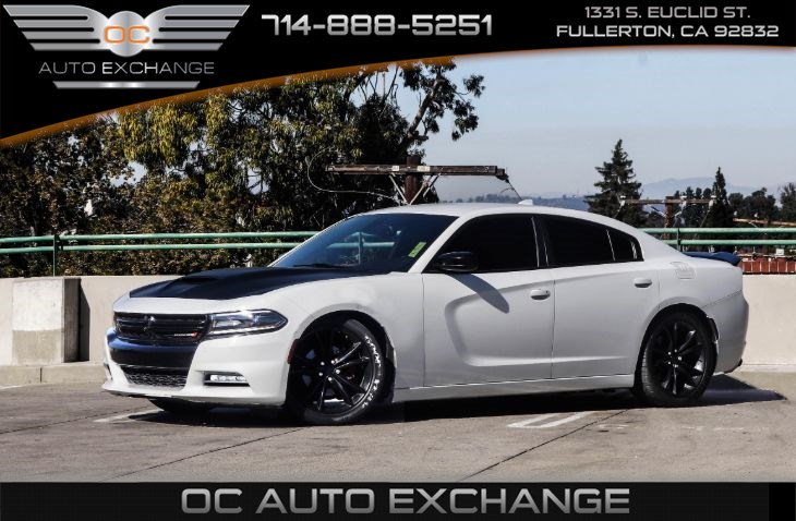 2016 Dodge Charger SXT RWD (Driver Confidence Group PKG)