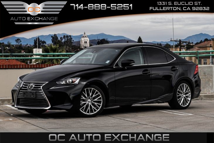 2017 Lexus IS IS Turbo RWD (Rearview Camera & Sunroof)