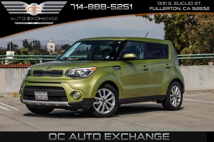 2017 Kia Soul +Auto (Back Up Camera, Bluetooth Connectivity)