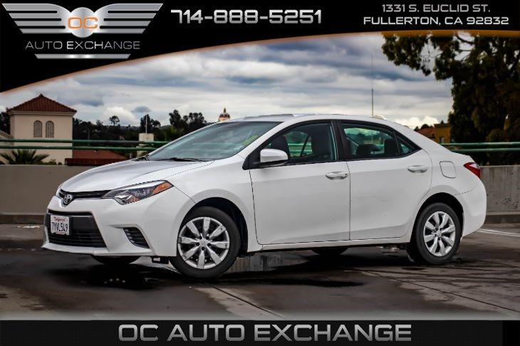 2016 Toyota Corolla LE (Bluetooth & Rearview Camera)