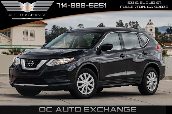 2017 Nissan Rogue S FWD (Rearview Camera & Bluetooth)
