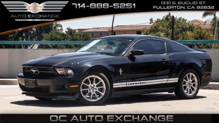 2011 Ford Mustang V6 Coupe Premium (Cruise Control, Spotter Mirrors)