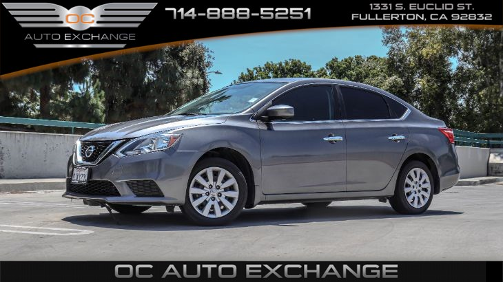 2017 Nissan Sentra S(CVT, Cruise control & Steering wheel controls))