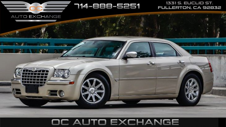 2006 Chrysler 300 4dr Sdn 300C (Navigation Sys w/ GPS, Rear Seat Video Sys)