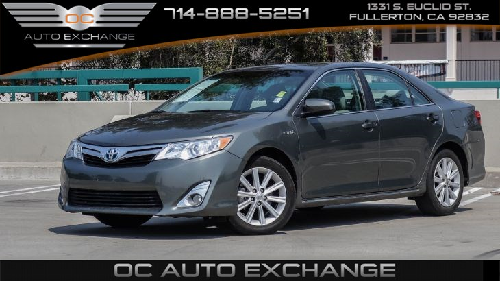2012 Toyota Camry Hybrid XLE (Back Up Cam, anti-theft sys, keyless start)