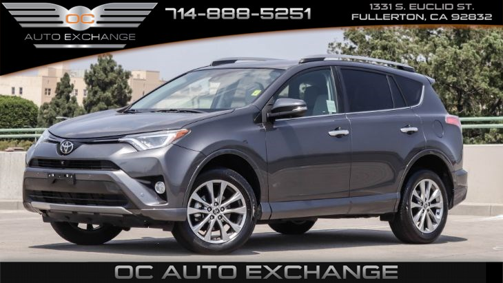 2017 Toyota RAV4 Platinum (Back Up Cam, Navi, Keyless Start)