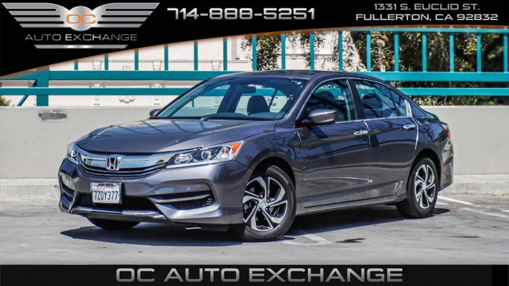 2017 Honda Accord Sedan LX (Back Up Cam, Bt, Cruise control)