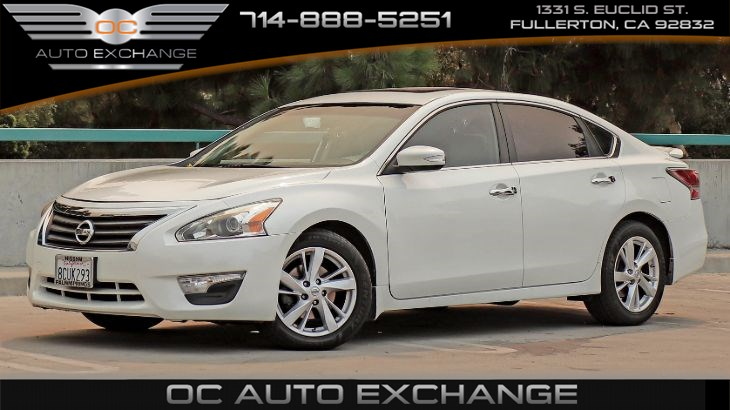 2015 Nissan Altima 2.5 SV (Sunroof, Back Up Cam, Push Button Start)