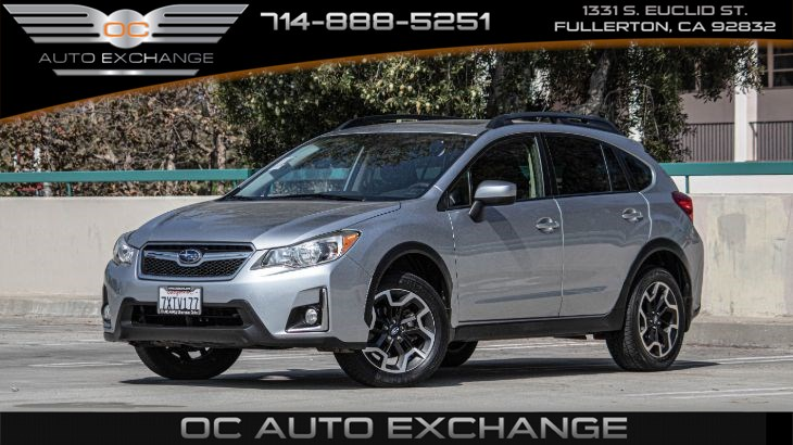 2017 Subaru Crosstrek 2.o Premium CVT (Back Up Cam, Moonroof, Heated seats)