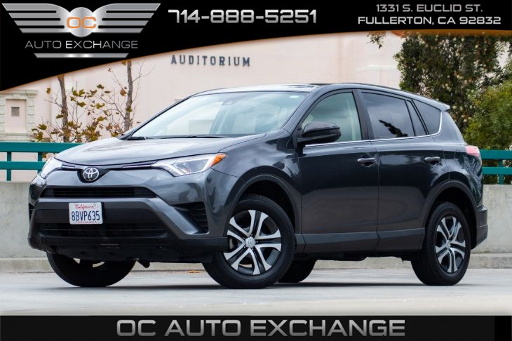 2017 Toyota RAV4 LE (BACK UP CAMERA & ECO / SPORT MODE)