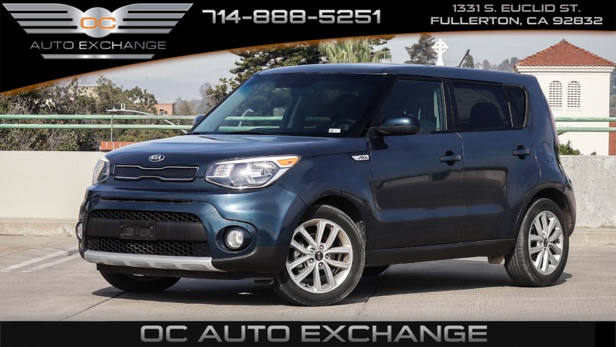 2018 Kia Soul + (Back Up Camera, Bluetooth Connectivity)