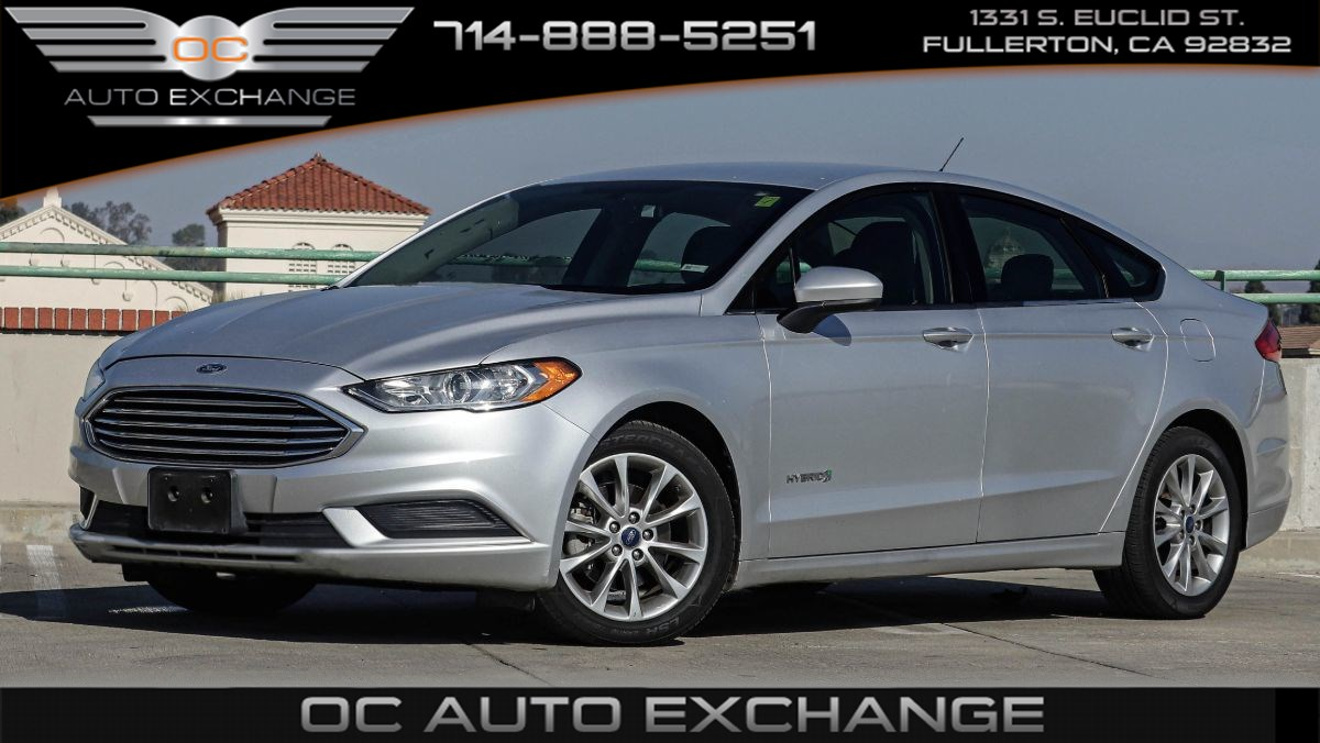 2017 Ford Fusion Hybrid SE ECVT (Push Button Start, Rear View Cam)