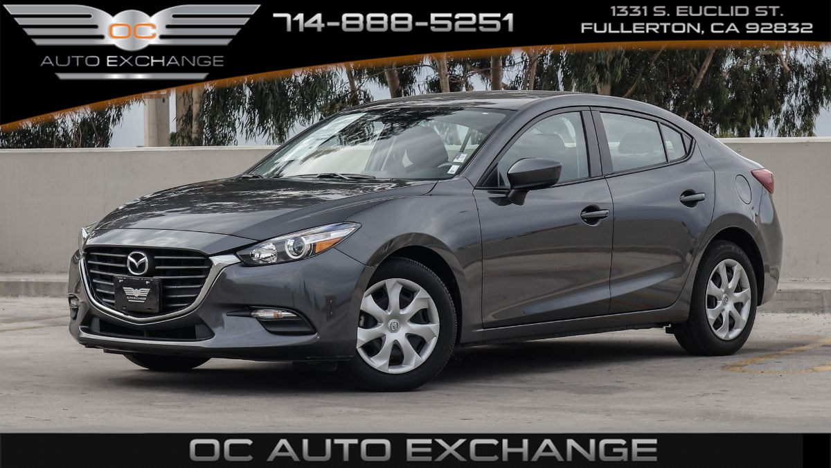 2017 Mazda Mazda3 4-Door Sport (Back Up Cam, Push Button Start, Bt)
