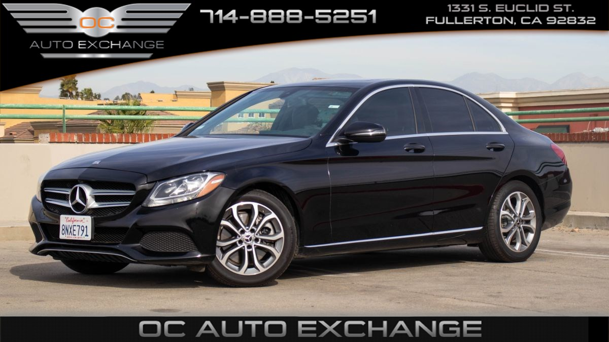 2018 Mercedes-Benz C 300 Sedan (Power Seats, CarPlay, 9-Speed)