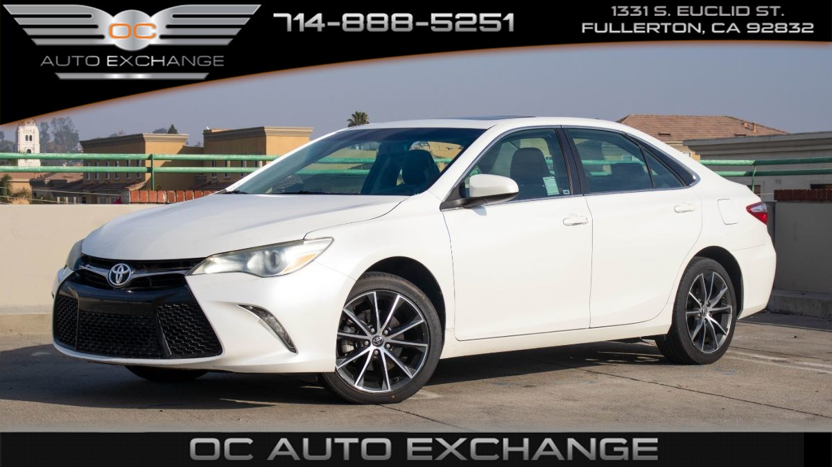 2017 Toyota Camry XSE (Sunroof, Bluetooth, Power Seating)