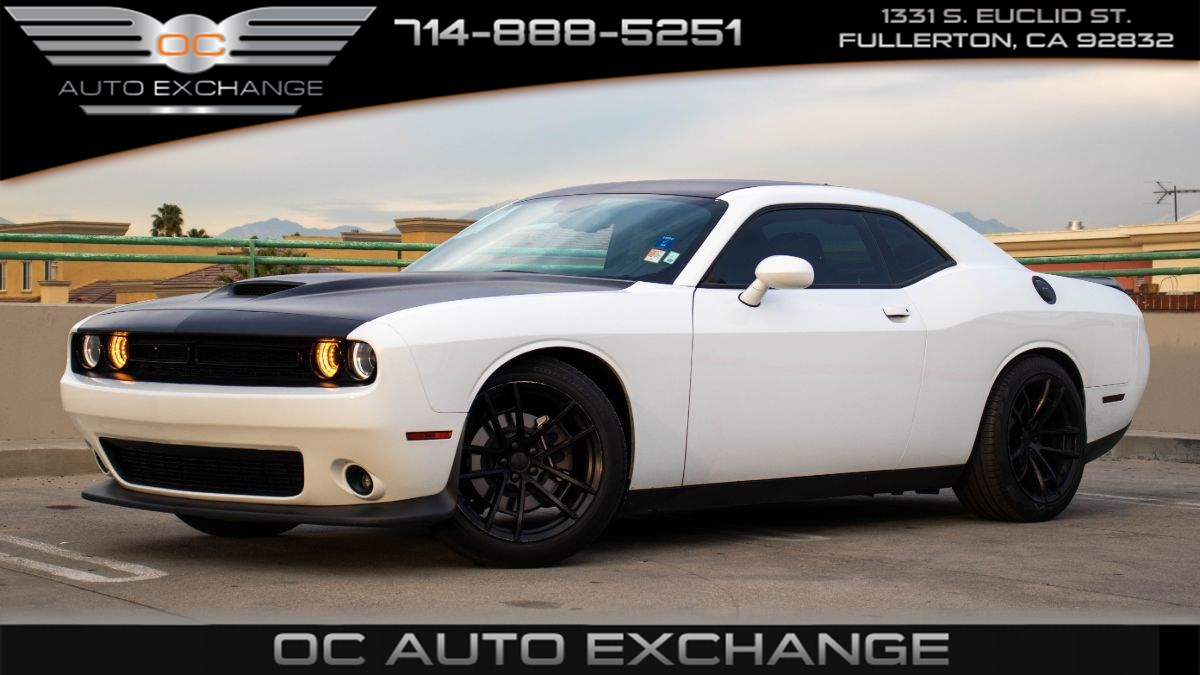 2018 Dodge Challenger SXT Plus RWD (Blacktop Pkg, Keyless Start, Bt)