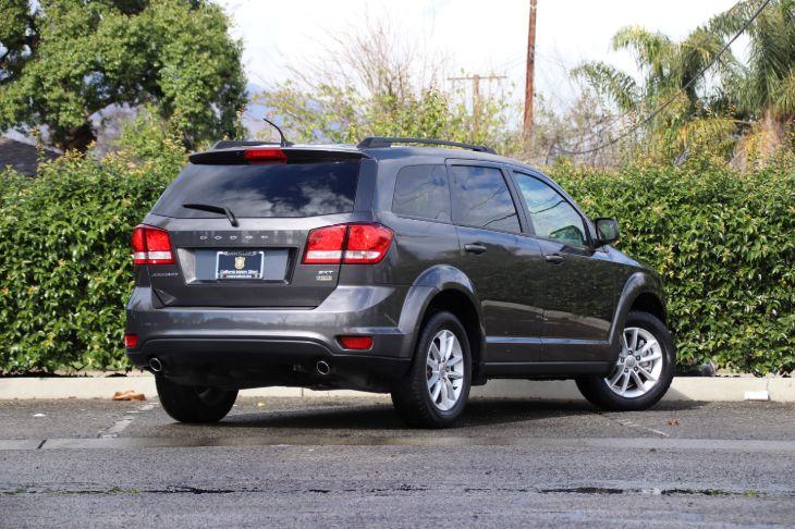 Sold 2015 Dodge Journey Sxt In Montclair