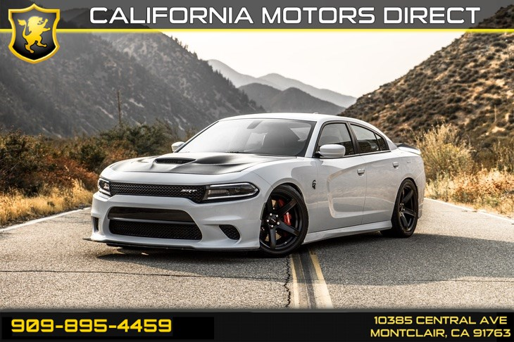2017 Dodge Charger SRT Hellcat(SUPERCHARGED & BLUETOOTH)